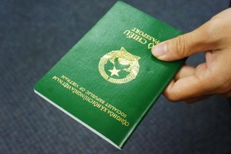 Điều chỉnh mức thu lệ phí cấp hộ chiếu, thị thực, giấy tờ về nhập cảnh, xuất cảnh, quá cảnh và cư trú tại Việt Nam