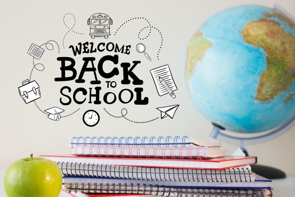Tặng Vali xinh xắn cho học sinh đăng ký kỳ nhập học mùa thu